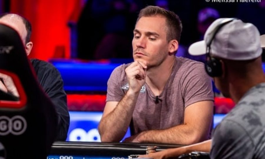 WSOP 2018: Justin Bonomo Takes Big Chip Lead in The Big One for One Drop With 6 Players Remaining